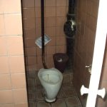 туалетная кабина в общественном туалете, 2014 год